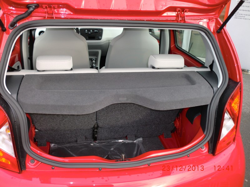 voiture occasion seat mii 1 0 60ch color edition 5p 2013. Black Bedroom Furniture Sets. Home Design Ideas